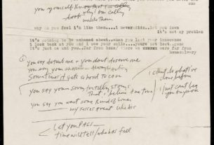 rare-bob-dylan-lyrics-could-fetch-$19,000-in-sale