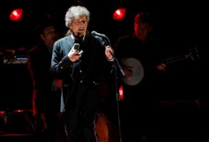 bob-dylan-announces-first-album-of-new-music-since-2012