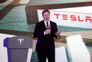 tesla-sues-california-county-in-virus-factory-closure-fight,-threatens-to-leave