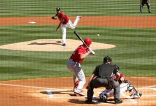 mlb:-owners-to-vote-on-'20-season-model,-revenue-sharing