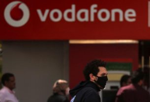 vodafone-keeps-dividend-as-pandemic-hits-roaming,-but-boosts-data