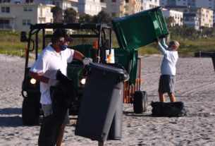 this-florida-city-is-cracking-down-after-12,000-pounds-of-trash-were-hauled-from-its-beaches