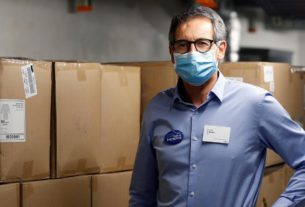 swiss-doctor-taps-his-past-to-help-zurich-meet-ppe-needs