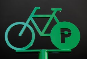 on-your-bike:-parisians-hit-cycling-lanes-to-evade-virus