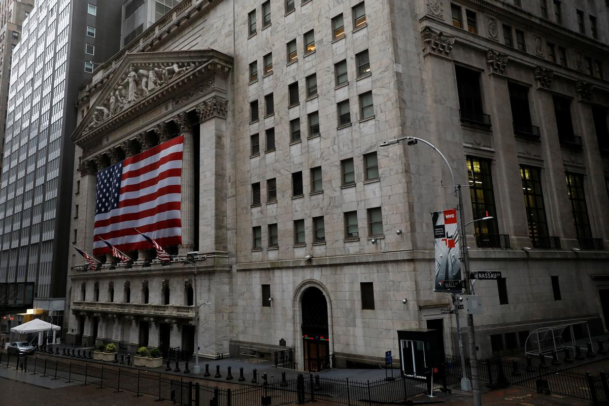 us-stock-market-falls-on-plunging-retail-sales,-china-us.-tensions;-oil-up