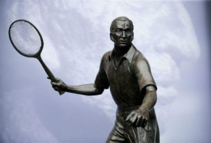 on-this-day:-born-may-18,-1909:-fred-perry,-british-tennis-player