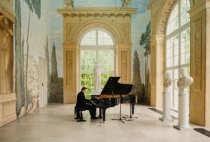 warsaw's-open-air-chopin-concerts-move-online-due-to-coronavirus