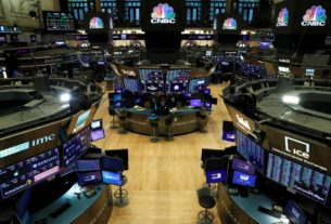 s&p-500-hits-10-week-high-on-vaccine-hopes-and-stimulus-promise
