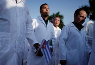 large-contingent-of-cuban-doctors-help-mexico-with-coronavirus:-sources
