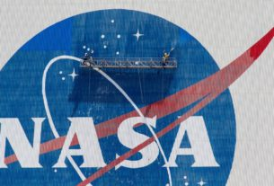 nasa-human-spaceflight-chief-resigns-ahead-of-launch