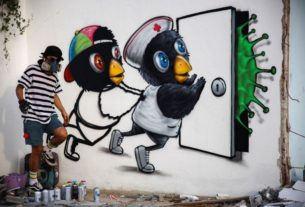 thai-artist-'restless-hands'-takes-coronavirus-battle-to-the-streets