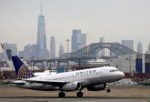 us.-grants-tentative-ok-for-15-air-carriers-to-suspend-service-to-75-airports