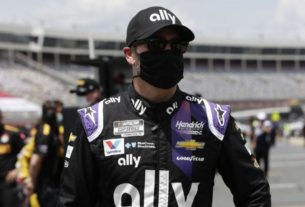 johnson-falls-to-last-at-coca-cola-600-after-car-fails-inspection