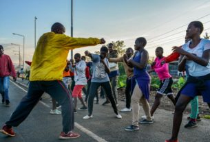 gym-closures-force-kenyan-sports-champions-to-train-by-roadside