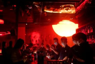 dancing-with-disinfectant:-china's-nightclubs-back-in-the-groove