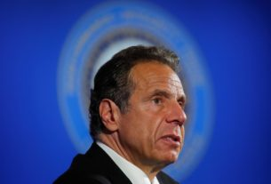 new-york's-cuomo-says-discussed-infrastructure-with-trump,-railed-against-partisanship