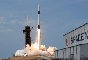 spacex-crew-dragon-delivers-two-nasa-astronauts-to-international-space-station