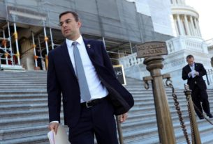 us.-lawmaker-prepares-bill-aiming-to-end-court-protection-for-police