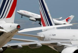 trump-administration-to-bar-chinese-passenger-carriers-from-flying-to-us.