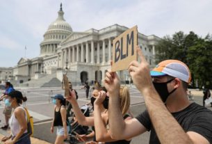 thousands-take-to-washington-streets-in-protest-against-us.-police-violence