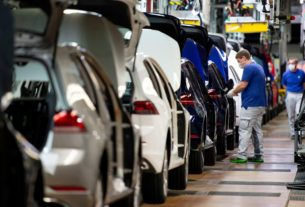volkswagen-considering-more-cost-cuts-to-cope-with-downturn