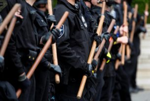 democrats-grapple-with-us.-protesters'-demand-to-defund-the-police