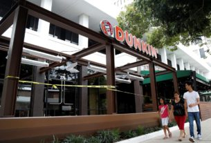 dunkin'-franchisees-to-hire-up-to-25,000-workers-as-us.-states-reopen