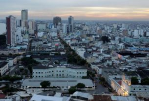 ecuador-volcano-eruption-leaves-several-cities-covered-in-ash