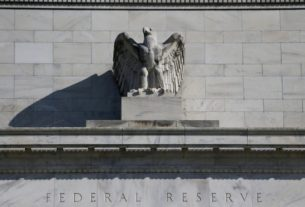 instant-view:-fed-sees-gdp-falling-6.5%-in-2020,-keeps-rates-at-zero