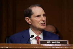 congress-seeks-answers-on-juniper-networks-breach-amid-encryption-fight