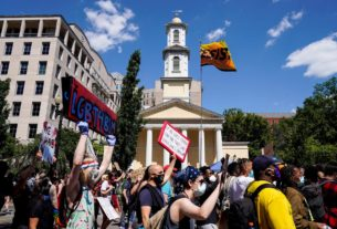 washington,-dc.-urges-anti-racism-protesters-to-get-tested-for-coronavirus