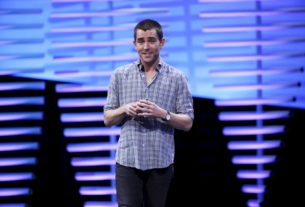 zuckerberg's-former-aide-chris-cox-returns-to-facebook-as-product-head