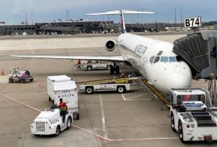 delta's-last-md-88-flight:-farewell-to-a-mad-dog