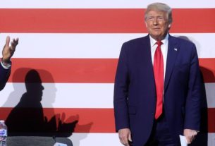 trump-pushes-tulsa-rally-back-by-a-day-to-'honor'-emancipation-holiday