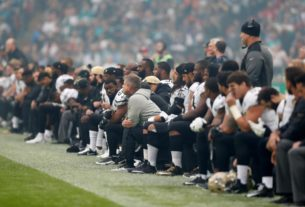 trump-says-he-won't-watch-nfl,-us.-soccer-if-players-kneel-during-anthem