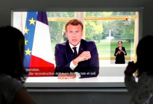 france-must-seek-greater-economic-independence-after-virus,-says-macron
