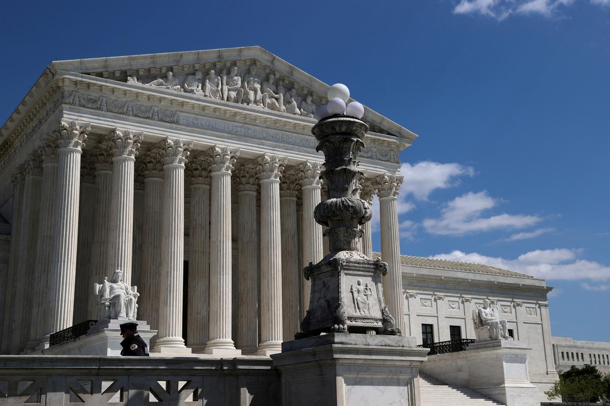 us.-supreme-court-turns-away-10-gun-rights-cases