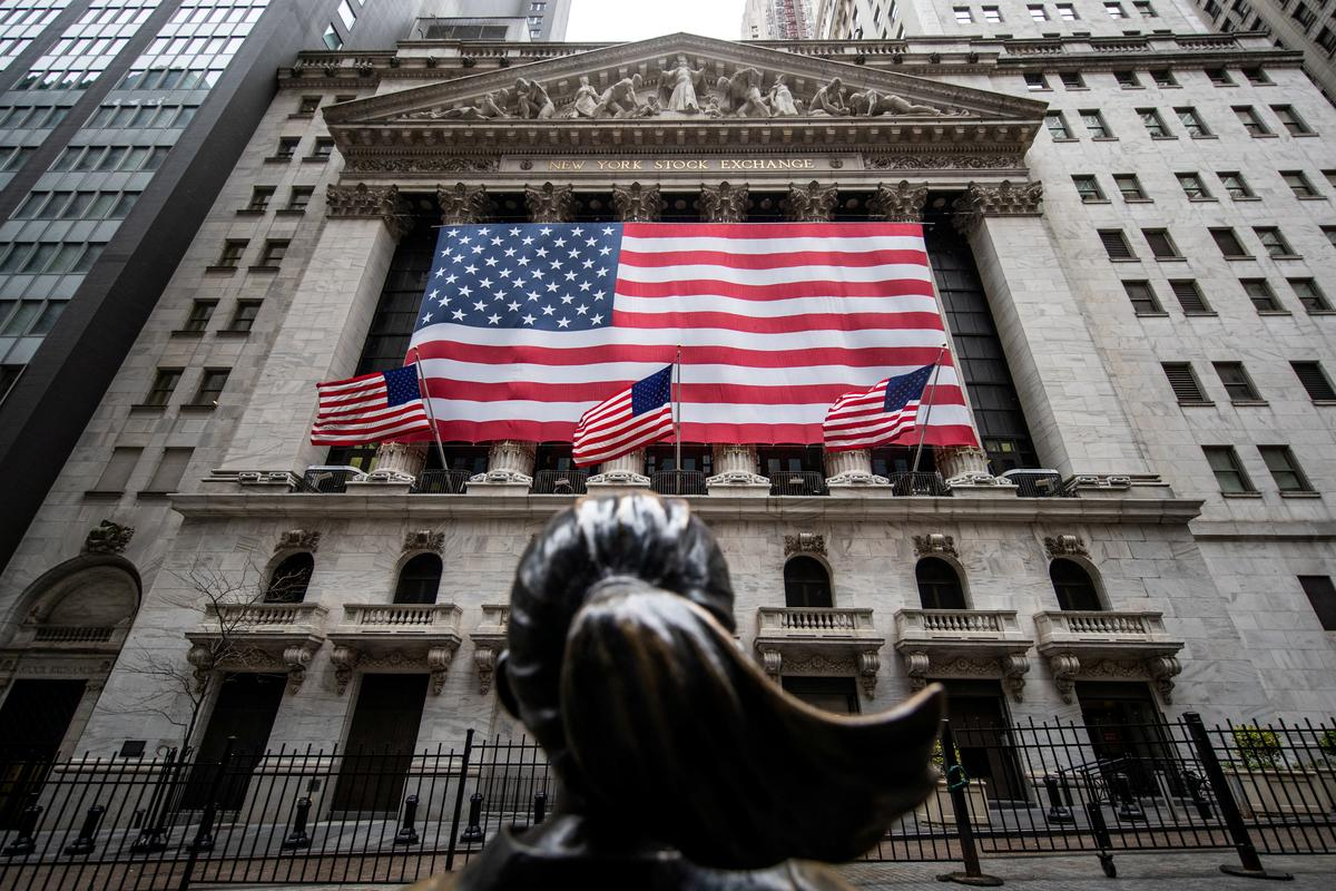 nyse-to-reopen-trading-floor-to-some-market-makers-on-wednesday