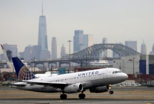 united-airlines-pledges-loyalty-program-for-$5-billion-loan
