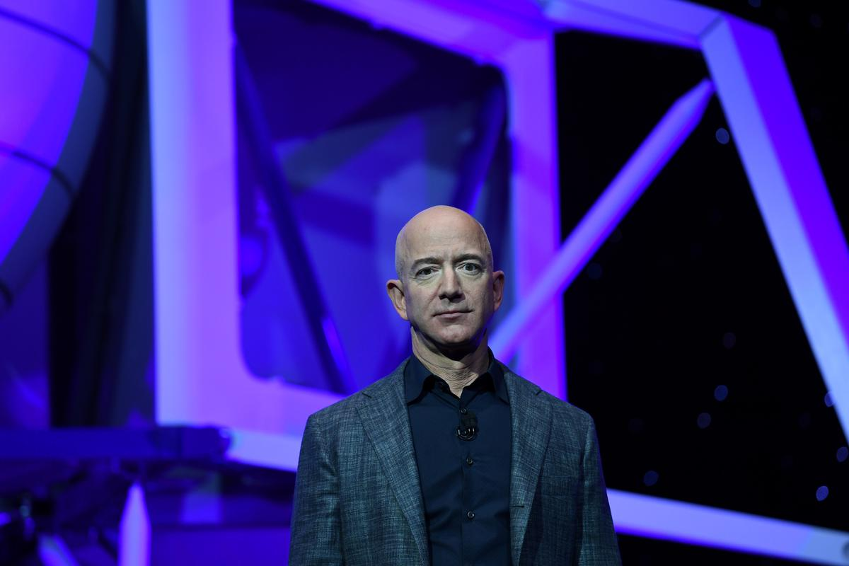 amazon-says-ceo-bezos-willing-to-testify-before-congress:-nyt
