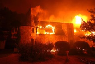 famed-california-winery-destroyed-as-fast-moving-fires-take-over-wine-country
