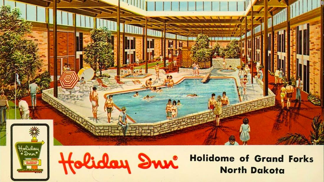 remembering-a-classic-adult-hotel-playland
