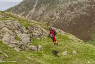 paramedics-test-jet-suit-that-can-fly-up-mountains