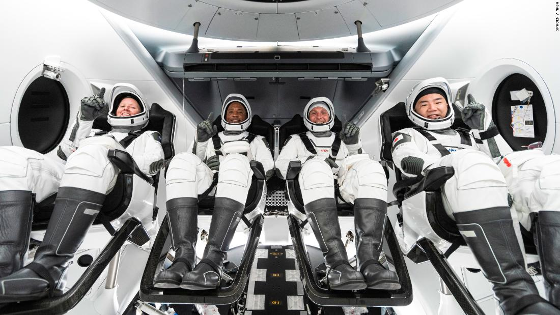 nasa-astronauts-can't-wait-to-leave-earth-for-spacex-mission