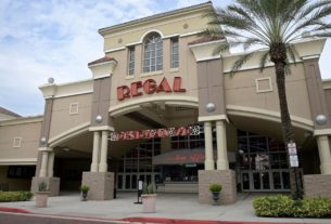 regal-cinemas-may-shut-down-theaters-across-the-us-this-week