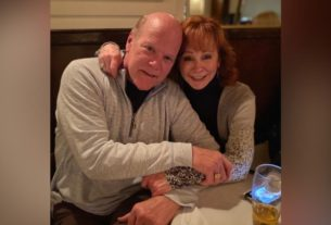 reba-mcentire-confirms-relationship-with-actor-rex-linn