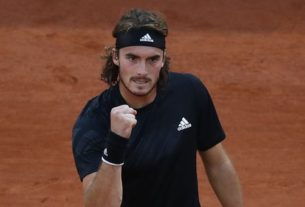 after-slow-start-at-french-open,-tsitsipas-into-semifinals
