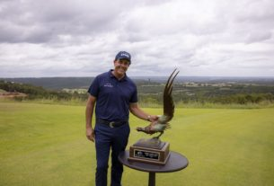 phil-mickelson-commits-to-his-second-champions-tour-event