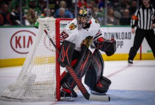 gm-stan-bowman:-blackhawks-will-not-re-sign-corey-crawford
