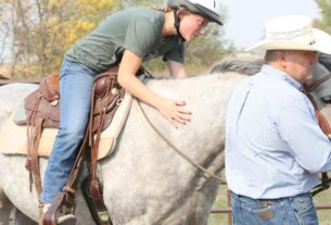 horseback-riding-therapy-helps-kids-with-trauma
